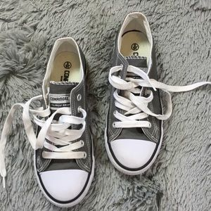 Other - Boys casual canvas low top sneakers